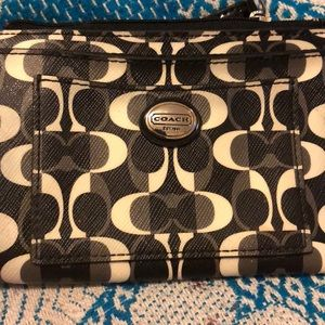 Cute coach coin pouch great to put in coins